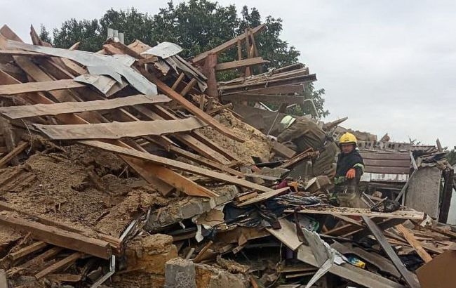 У Приморську вибухом рознесло двоповерховий будинок