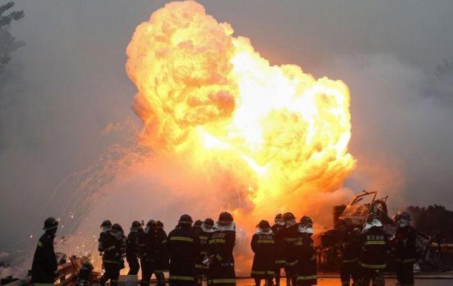 В результате взрыва на нефтехимическом заводе в Китае погибли 8 человек