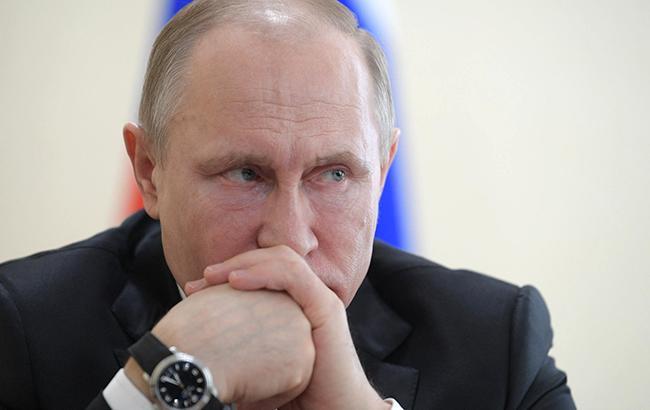 """""""Царский стиль"""": Путина подняли на смех за очередной фокус с ростом (фото)"""