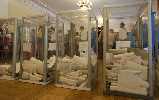 В Киеве председатель УИК пришла на избирательный участок в нетрезвом состоянии