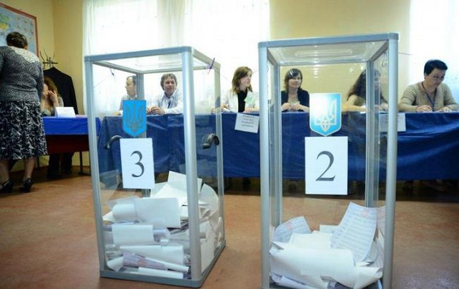 Фото: голосование на местных выборах в Украине завершилось