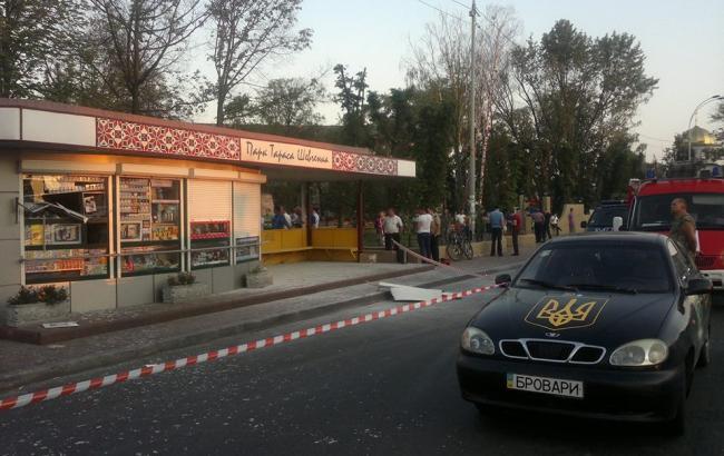 Фото: У Броварах Київської області підірвали МАФ на зупинці