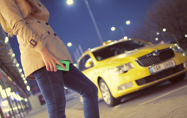 Киевлян предупредили об опасном таксисте: девушке пришлось впрыгивать из авто на ходу