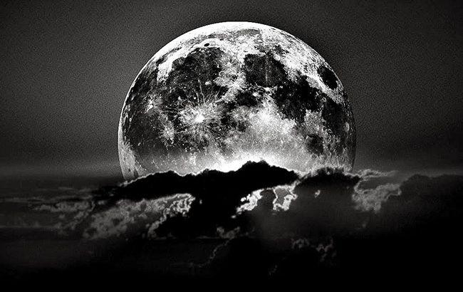 Черное новолуние: какие опасности и соблазны несет тринадцатая Луна
