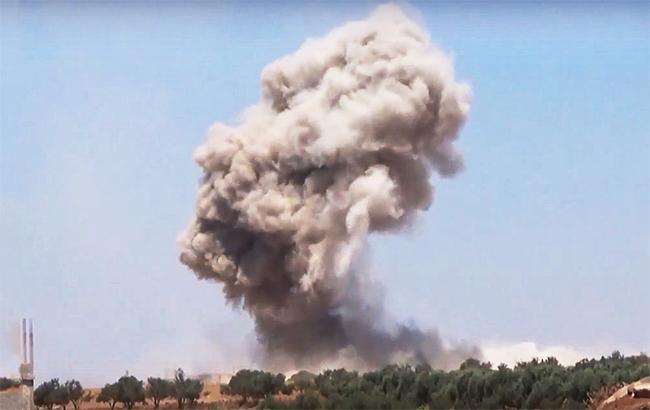 Фото: бомбардировка в Сирии (webscreenshot youtube/SMO Syria)