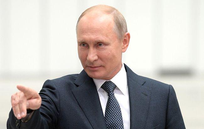 Зараз всі вийдуть і поговоримо: Путін зупинив Зеленського