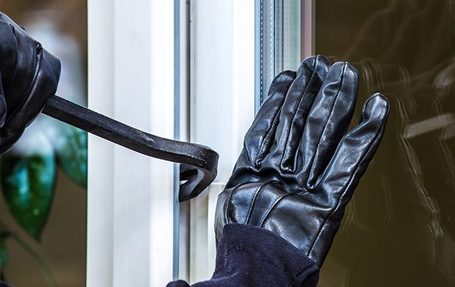У Боснії троє українців пограбували 23 банкомата російського банку
