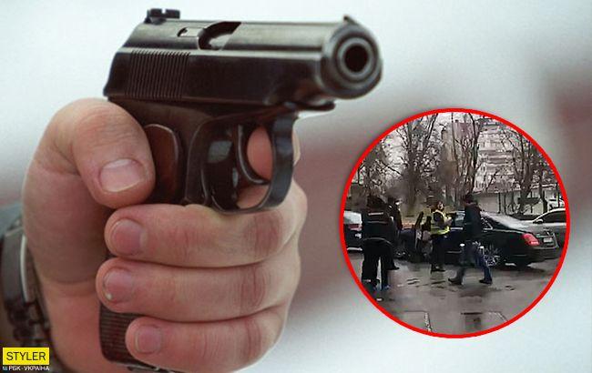 """Шокирующее убийство в Киеве: """"полицейский"""" застрелил водителя"""