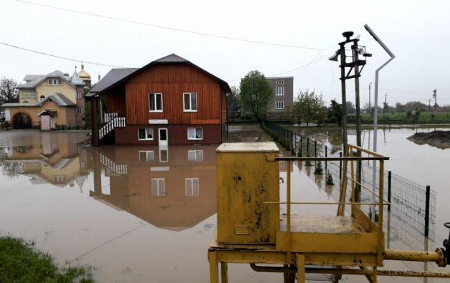 В Івано-Франківській області затоплено сотні будинків