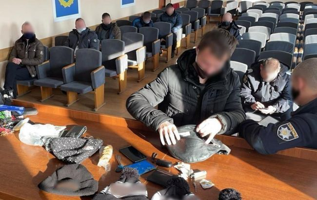 """В Броварах задержали киевлян, прибывших для участия в """"каруселях"""" на выборах мэра"""