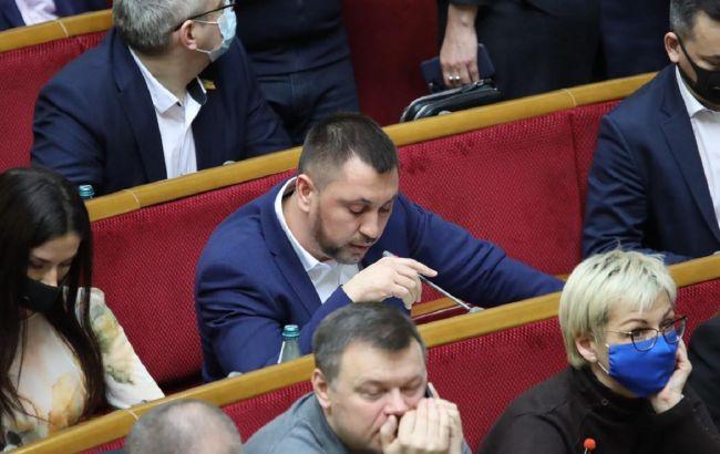 Стрихарский: конкурсы на должности госслужбы должны быть восстановлены