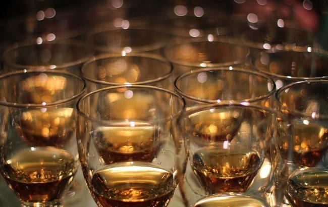 Фото: Алкоголь (pixabay.com/ru/users/Broesis)