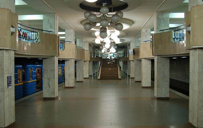 В понедельник пассажиров метро в Киеве стало больше: где ограничивали вход