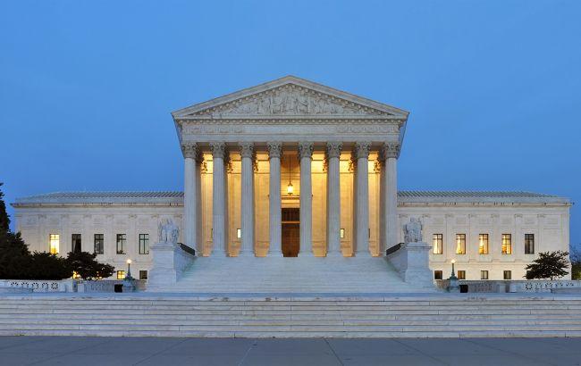 Верховный суд США уведомили об угрозе взрыва. Он возле Капитолия