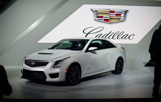 Cadillac відмовляється від автомобілів на бензині