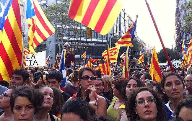 Референдум в Каталонії: поліція застосувала гумові кулі проти громадян