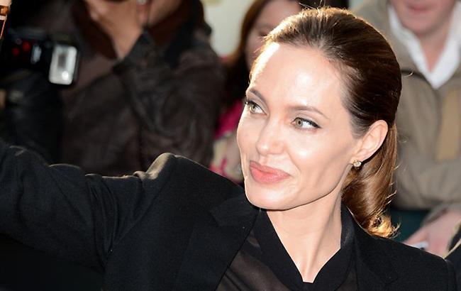 Фото: Анджелина Джоли (wikimedia.org Georges Biard)