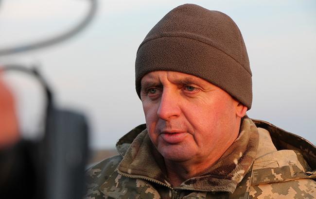 На должность командующего Объединенных сил уже есть кандидатуры, - Муженко