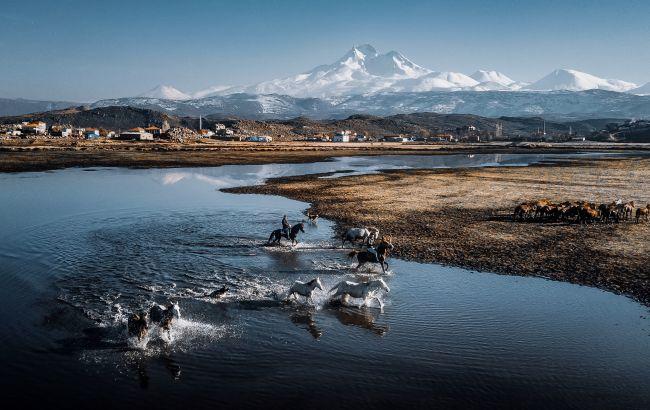М'який клімат та нові траси: всі тонкощі відпочинку на молодому гірськолижному курорті Туреччини
