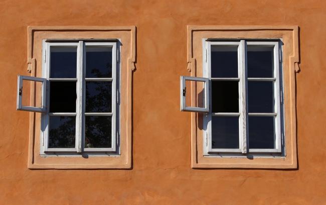 Во Львове женщина чудом выжила, выпав из окна седьмого этажа