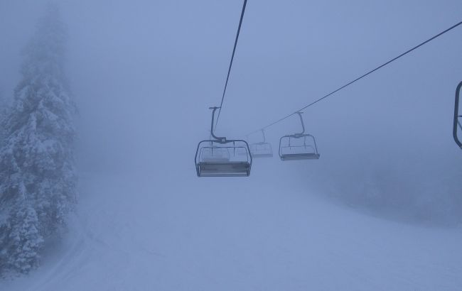 Синоптики прогнозують хуртовини в Карпатах, випаде 20 см снігу