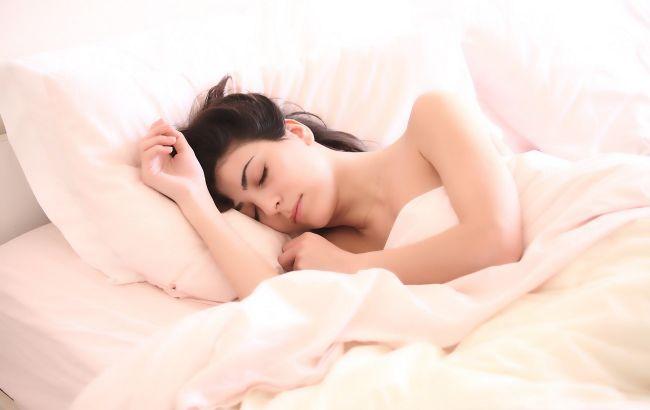 Як налагодити сон: 7 простих і ефективних порад від експерта