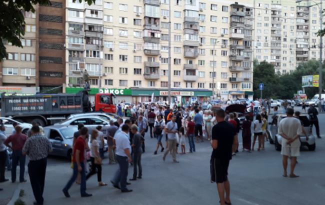 Київська міліція затримала близько 40 осіб після мітингу в Голосіївському районі