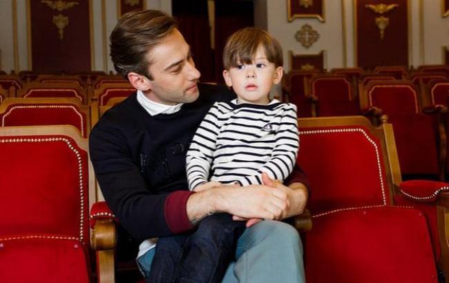 Фото: Дмитрий Шепелев с сыном Платоном (soulpost.ru)