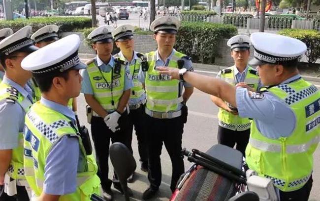У Китаї на пожежі в житловому будинку загинуло 22 людини