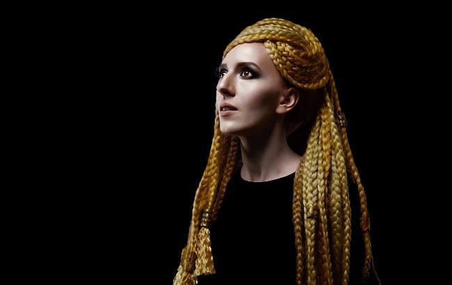 Євробачення 2018: ILLARIA презентувала двомовну пісню для конкурсу