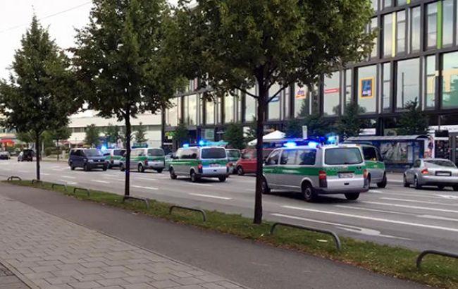 Фото: поліція продовжує шукати злочинців у Мюнхені