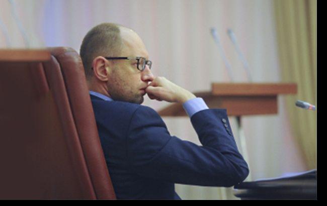 Арсения Яценюка вынуждают покинуть премьерское кресло
