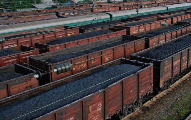 """""""Коммерсант"""": российский уголь для Украины задерживается на границе"""