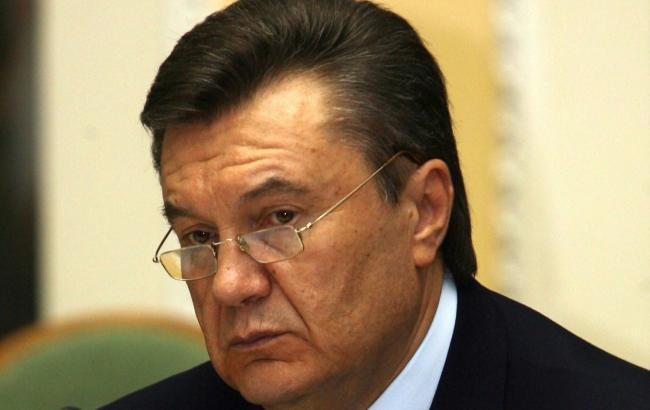 Мой кортеж поджидали вооруженные люди «без признаков одежды»— Янукович всуде