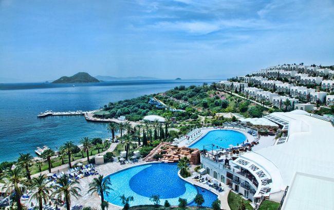 На море за 150 євро: під кінець літа путівки до Туреччини продають за рекордно низькими цінами