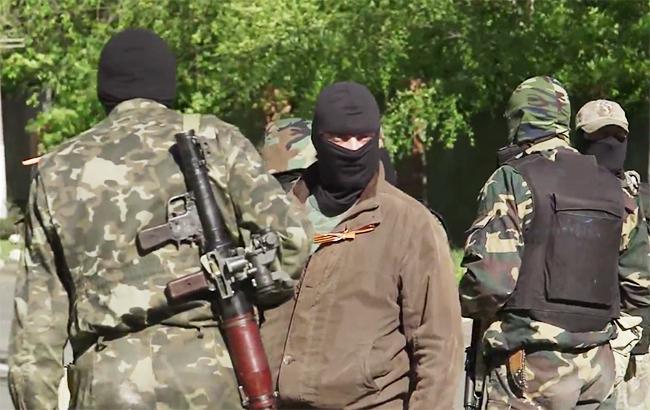 """Фото: Бойовики """"ДНР"""" (youtube.com/vice news)"""
