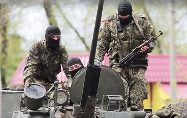 На Донбасі бойовики знищили автомобіль з гуманітарною допомогою, - ООВ