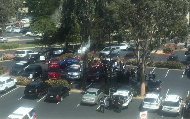У США повідомляють про стрілянину біля штаб-квартири YouTube