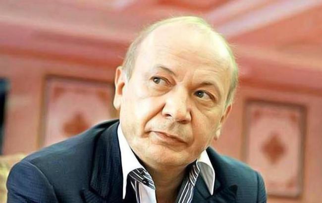 """Фото: Іванющенку підготували підозру в заволодінні акціями """"7-го кілометра"""""""