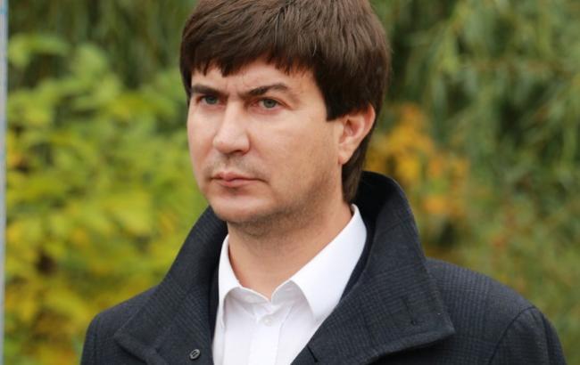 """Фото: Нардеп от """"Оппоблока"""", муж Королевской а отныне и хозяин тортиков Юрий Солод"""