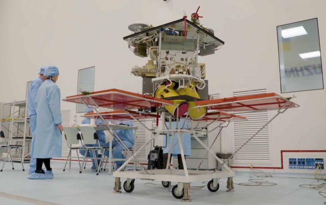 """В Госкосмосе рассказали, когда спутник """"Сич"""" будет готов к запуску на орбиту Земли"""
