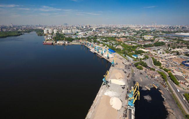 """Фото: порт """"Южный"""""""