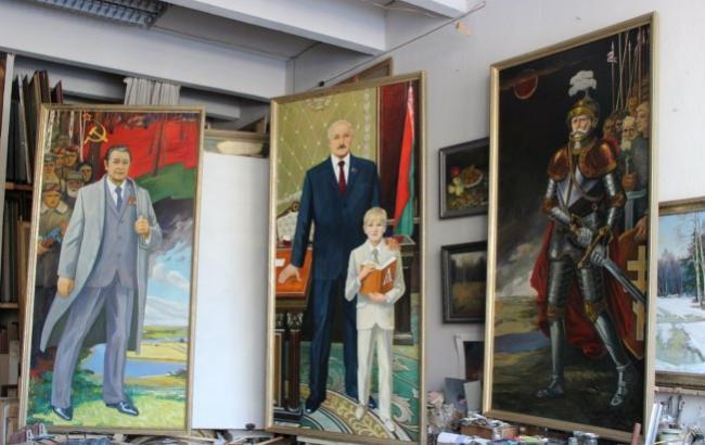 """Лукашенко став героєм """"епічно"""" триптиха в стилі Пшонки"""