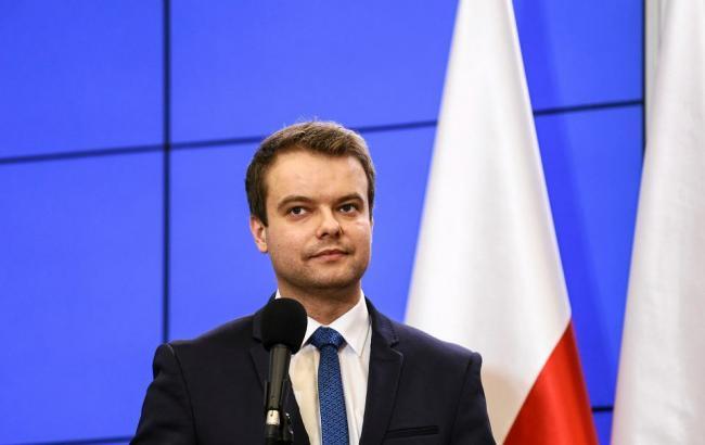 В польском правительстве отреагировали на слова Макрона о санкциях против страны