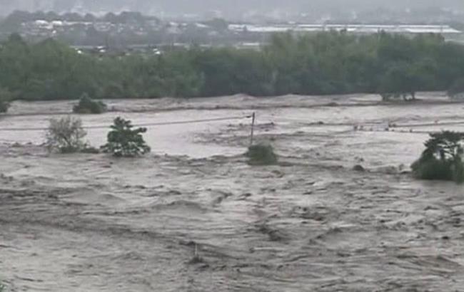 Фото: повені в Японії