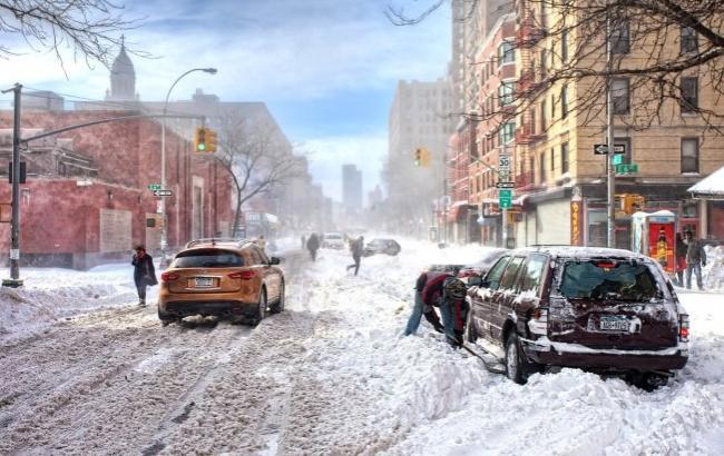Первый снег в Киеве: в сети делятся видео