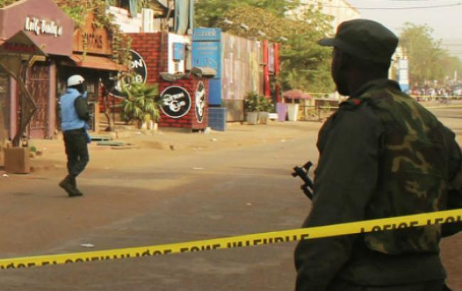 Фото: нападение на отель в Мали