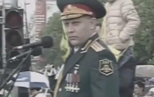Пьяный Захарченко на Параде Победы в Донецке 9 мая