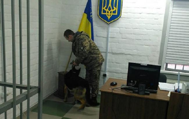 Фото: информация о минировании здания суда в Николаеве не подтвердилась (mk.npu.gov.ua)