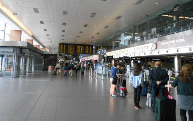 Фото: в аеропорту Брюсселя загроза теракту не підтвердилася